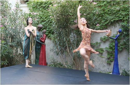 BALLET 18.6 en hommage aux sculptures de Cris Pereby